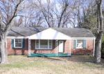 Foreclosed Home in Nashville 37206 2519 BARCLAY DR - Property ID: 1708284