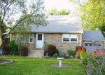 Foreclosed Home in Somerset 08873 13 POE AVE - Property ID: 2433576