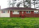 Foreclosed Home in Elm City 27822 609 GRAY ST - Property ID: 2662545