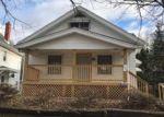 Foreclosed Home in Cedar Rapids 52402 1050 17TH ST NE - Property ID: 2746095