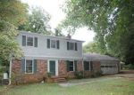 Foreclosed Home in Charlotte 28215 7324 CEDARBROOK DR - Property ID: 2779066