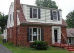 Foreclosed Home in Saint Louis 63121 7501 HILLSDALE DR - Property ID: 2786928