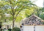 Foreclosed Home in Lincolnshire 60069 7 COURT OF BUCKS COUNTY - Property ID: 2790950