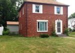 Foreclosed Home in Cleveland 44118 3437 ORMOND RD - Property ID: 2879891
