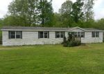 Foreclosed Home in Vicksburg 39180 5624 GIBSON RD - Property ID: 2949129