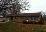 Foreclosed Home in Shelbyville 46176 382 E WOODRIDGE RD - Property ID: 2961321