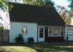 Foreclosed Home in Hammond 46324 7312 WHITE OAK AVE - Property ID: 3026702