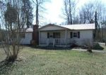 Foreclosed Home in Athens 35614 8450 UPPER SNAKE RD - Property ID: 3144423