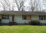 Foreclosed Home in Ruther Glen 22546 9220 FLOYD MADISON DR - Property ID: 3204714