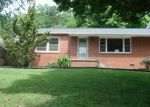 Foreclosed Home in Knoxville 37912 2201 JUNIPER DR - Property ID: 3255400
