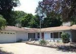 Foreclosed Home in South Bend 46614 2819 YORK RD - Property ID: 3273098