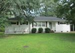 Foreclosed Home in Chattanooga 37412 1028 FLOYD DR - Property ID: 3288227