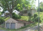Foreclosed Home in Bluefield 24701 3136 MAPLE ACRES RD - Property ID: 3295438