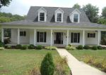 Foreclosed Home in Bowling Green 42103 150 SENTRY PL - Property ID: 3319797