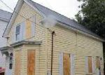 Foreclosed Home in Lowell 01850 39 W L ST - Property ID: 3320020