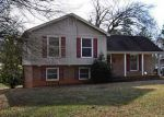 Foreclosed Home in Charlotte 28215 5800 WHITINGHAM DR - Property ID: 3329089
