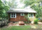 Foreclosed Home in Highland Lakes 07422 180 COON DEN RD - Property ID: 3341673