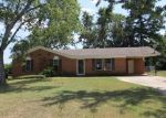 Foreclosed Home in Athens 35611 102 PATTOCK CT - Property ID: 3348103