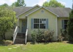 Foreclosed Home in Youngstown 32466 9720 JOAN RD - Property ID: 3348494