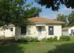 Foreclosed Home in Greenville 75402 6910 JACK FINNEY BLVD - Property ID: 3349109