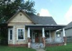 Foreclosed Home in Shelbyville 46176 608 W SOUTH ST - Property ID: 3358827