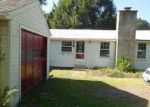 Foreclosed Home in Cheshire 06410 1043 SPERRY RD - Property ID: 3376145