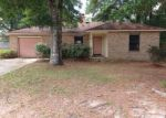 Foreclosed Home in Milton 32583 4433 CHANTILLY WAY - Property ID: 3383317