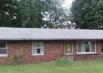 Foreclosed Home in Granite City 62040 2453 SAINT CLAIR AVE - Property ID: 3384081