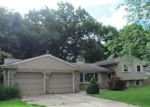 Foreclosed Home in Coloma 49038 347 TIMBER DR - Property ID: 3385002