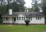 Foreclosed Home in Kingstree 29556 1106 2ND AVE - Property ID: 3390080