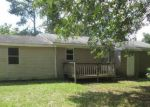 Foreclosed Home in Pinewood 29125 3006 CHEWNING RD - Property ID: 3390089