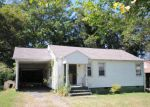 Foreclosed Home in Knoxville 37920 3527 S HAVEN RD - Property ID: 3390200