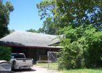 Foreclosed Home in Houston 77022 705 WARNER ST - Property ID: 3391010
