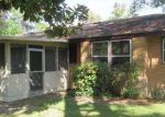 Foreclosed Home in Waycross 31501 901 DARLING AVE - Property ID: 3412576