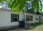 Foreclosed Home in Bay City 48706 720 S HENRY ST - Property ID: 3413572