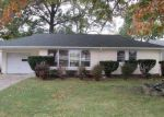 Foreclosed Home in Cleveland 44130 8712 W RIDGEWOOD DR - Property ID: 3416819