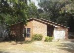 Foreclosed Home in Pensacola 32514 7808 OAK FOREST DR - Property ID: 3420053