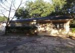 Foreclosed Home in Milton 32571 4708 DEAN DR - Property ID: 3426387