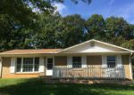 Foreclosed Home in Charlotte 28215 4220 STRANGFORD AVE - Property ID: 3430347