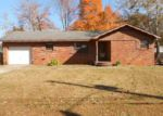Foreclosed Home in Huntsville 35810 4006 SUMMERHILL DR NW - Property ID: 3438938