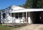 Foreclosed Home in West Plains 65775 1045 7TH ST - Property ID: 3447130
