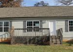 Foreclosed Home in Sylva 28779 17 HABITAT DR - Property ID: 3450175