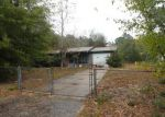 Foreclosed Home in Milton 32570 5212 PARKWAY DR - Property ID: 3458584