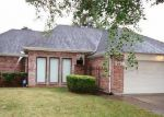 Foreclosed Home in Houston 77088 7938 SUNNYVALE FOREST DR - Property ID: 3458904