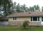 Foreclosed Home in Coloma 49038 7491 LITTLE PAW PAW LAKE RD - Property ID: 3462812