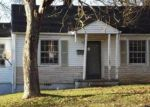 Foreclosed Home in Knoxville 37914 3221 SELMA AVE - Property ID: 3464412