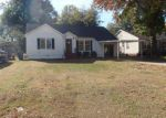 Foreclosed Home in Fort Smith 72903 3912 S P ST - Property ID: 3488757