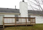 Foreclosed Home in Shelbyville 46176 204 RANDELL CT - Property ID: 3491435