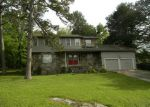 Foreclosed Home in Russellville 72802 104 SUNSET DR - Property ID: 3491692