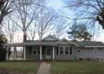 Foreclosed Home in Canton 28716 97 ELLEN AVE - Property ID: 3496916